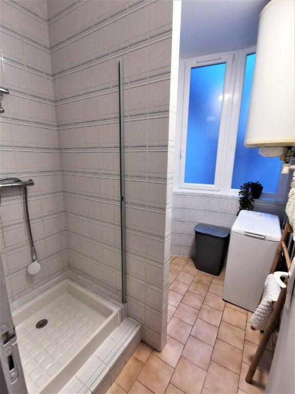 Appartement à louer 3 65.57m2 à Reims vignette-14