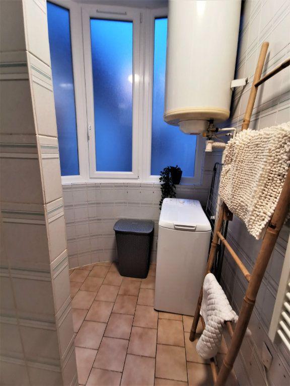 Appartement à louer 3 65.57m2 à Reims vignette-15
