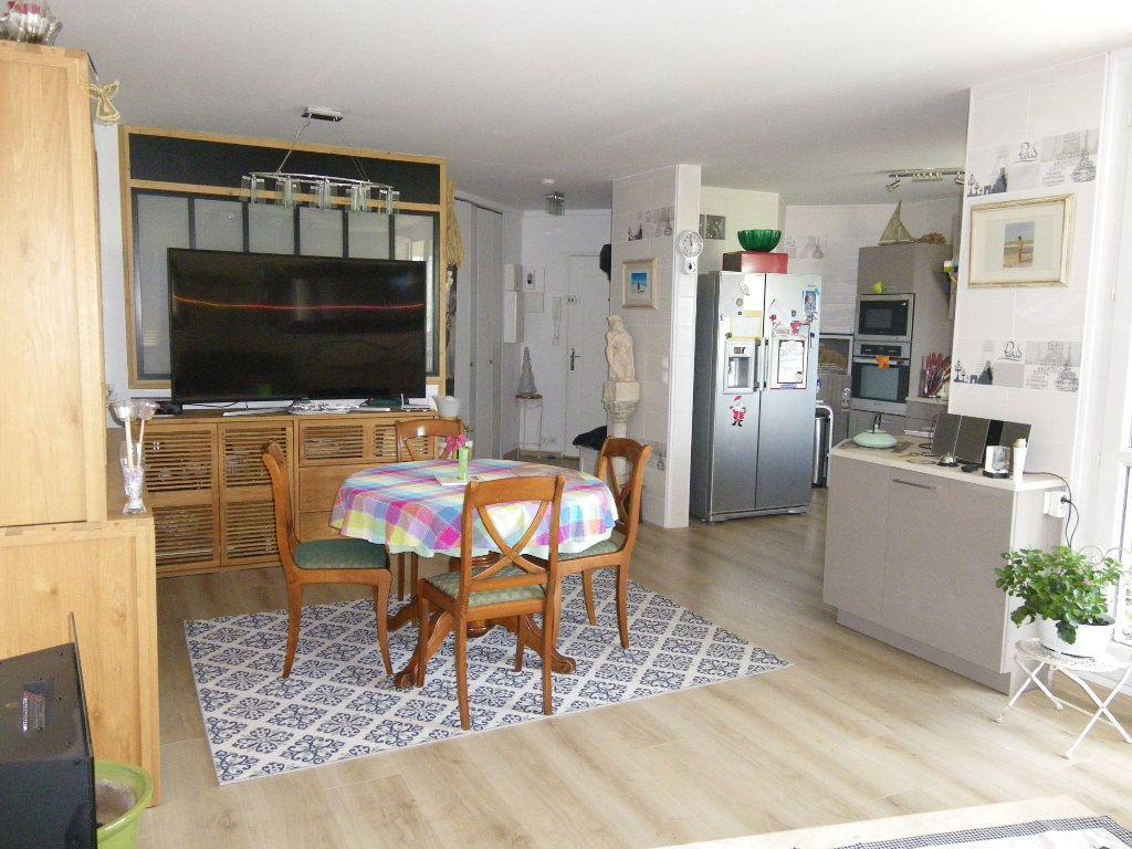 Appartement à vendre 4 91.92m2 à Reims vignette-2