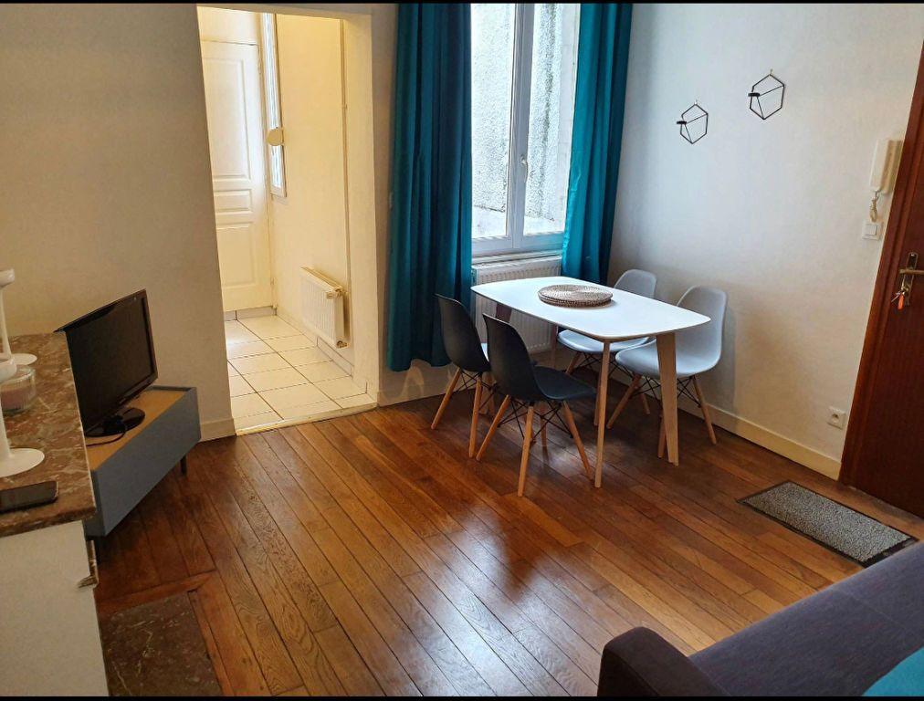 Appartement à louer 2 34.56m2 à Reims vignette-5