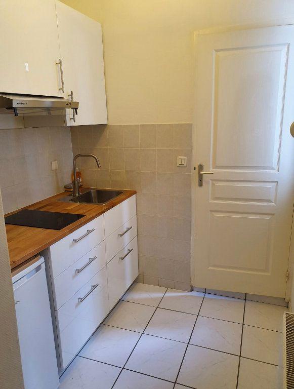 Appartement à louer 2 34.56m2 à Reims vignette-6
