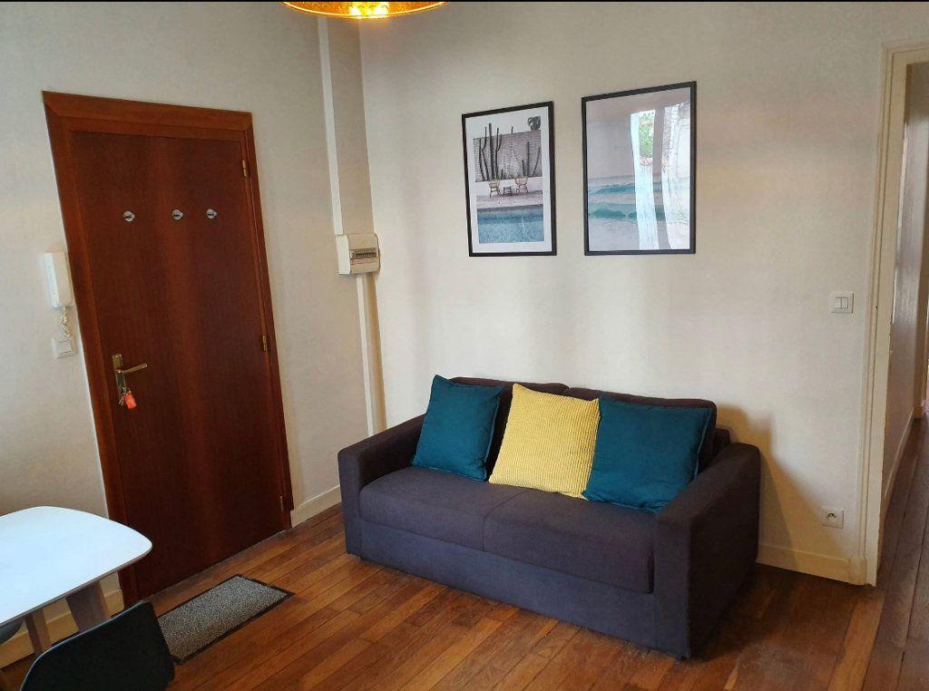 Appartement à louer 2 34.56m2 à Reims vignette-7