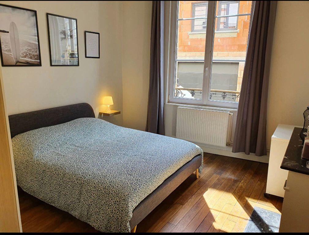 Appartement à louer 2 34.56m2 à Reims vignette-11