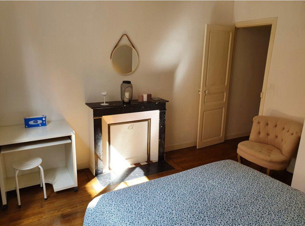 Appartement à louer 2 34.56m2 à Reims vignette-12