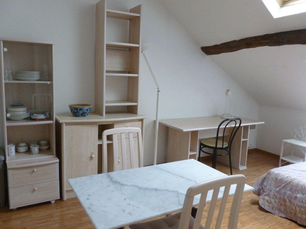 Appartement à louer 1 22.15m2 à Reims vignette-1
