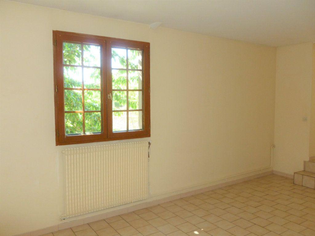 Appartement à louer 2 51m2 à Reims vignette-6
