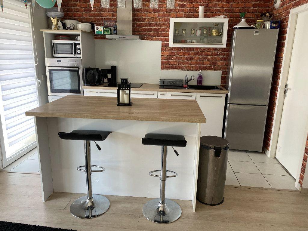 Appartement à vendre 3 68.5m2 à Reims vignette-4
