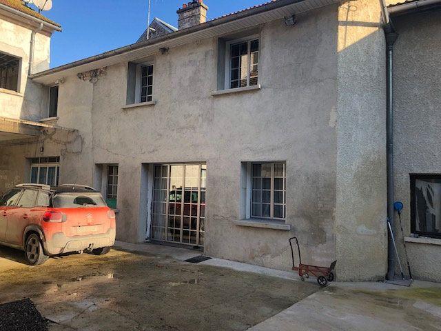 Maison à vendre 7 190m2 à Caurel vignette-1