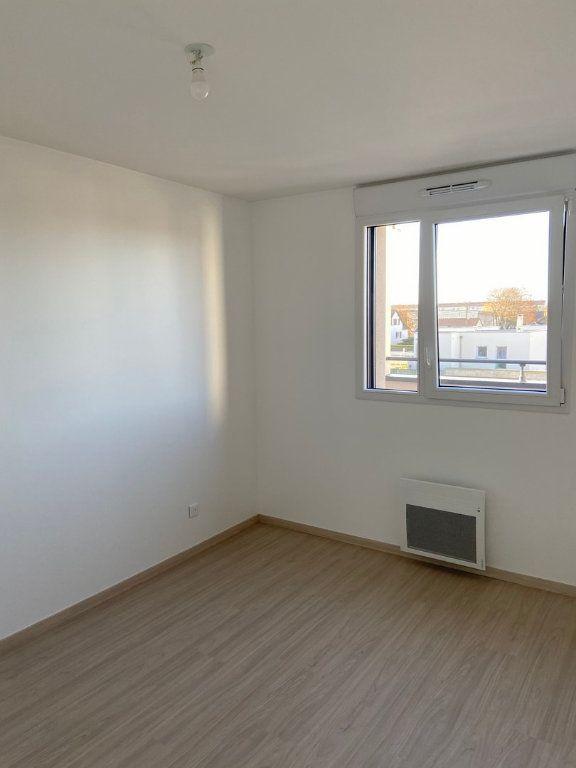Appartement à vendre 3 66.3m2 à Reims vignette-3