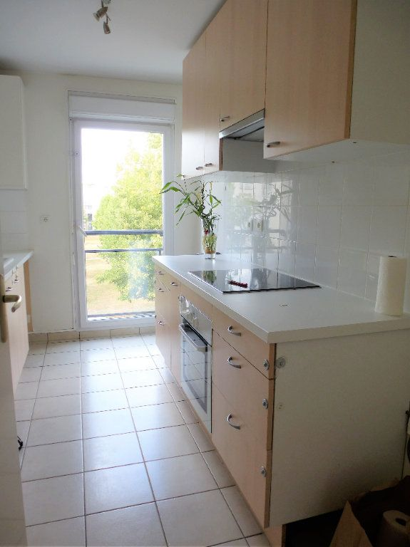 Appartement à vendre 3 68.95m2 à Reims vignette-5