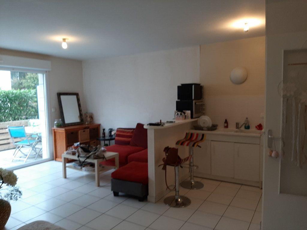 Appartement à vendre 1 42m2 à Reims vignette-3