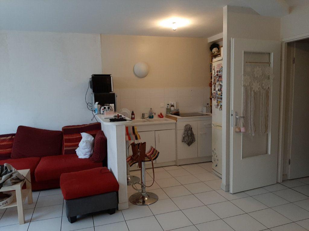 Appartement à vendre 1 42m2 à Reims vignette-5