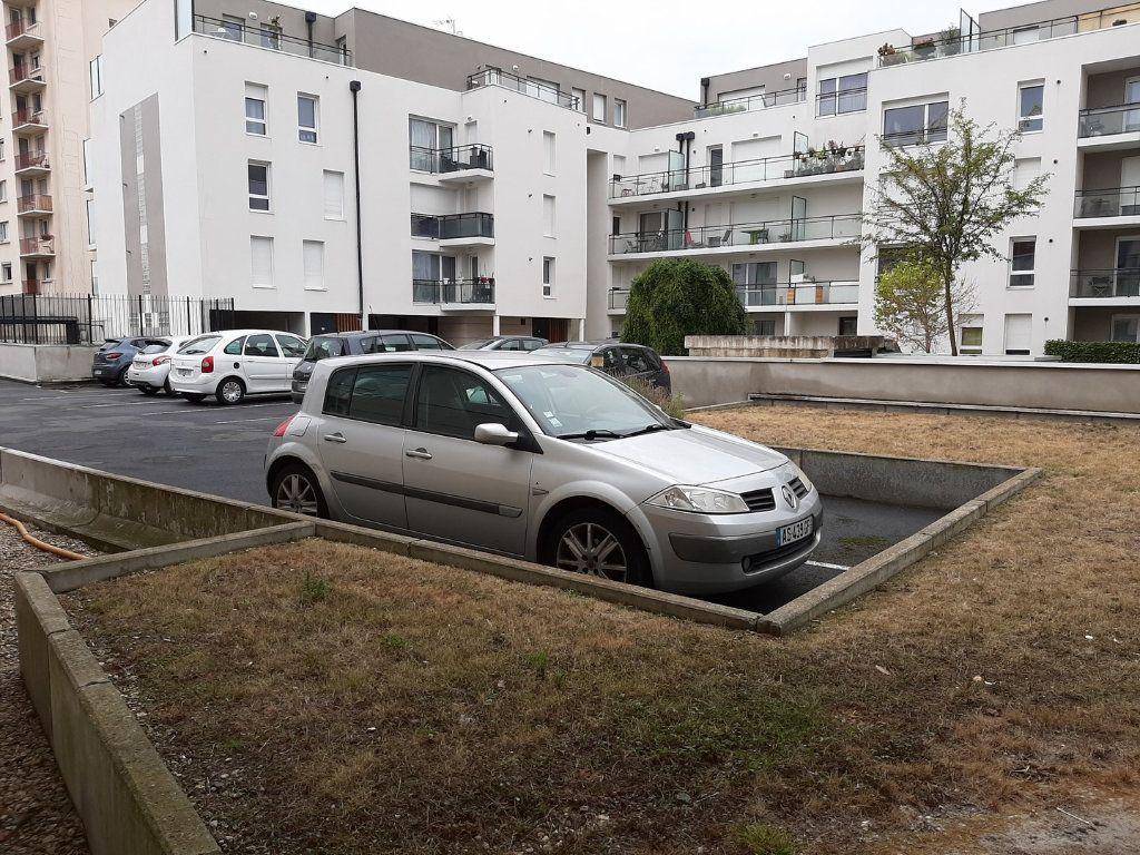 Appartement à vendre 1 42m2 à Reims vignette-7