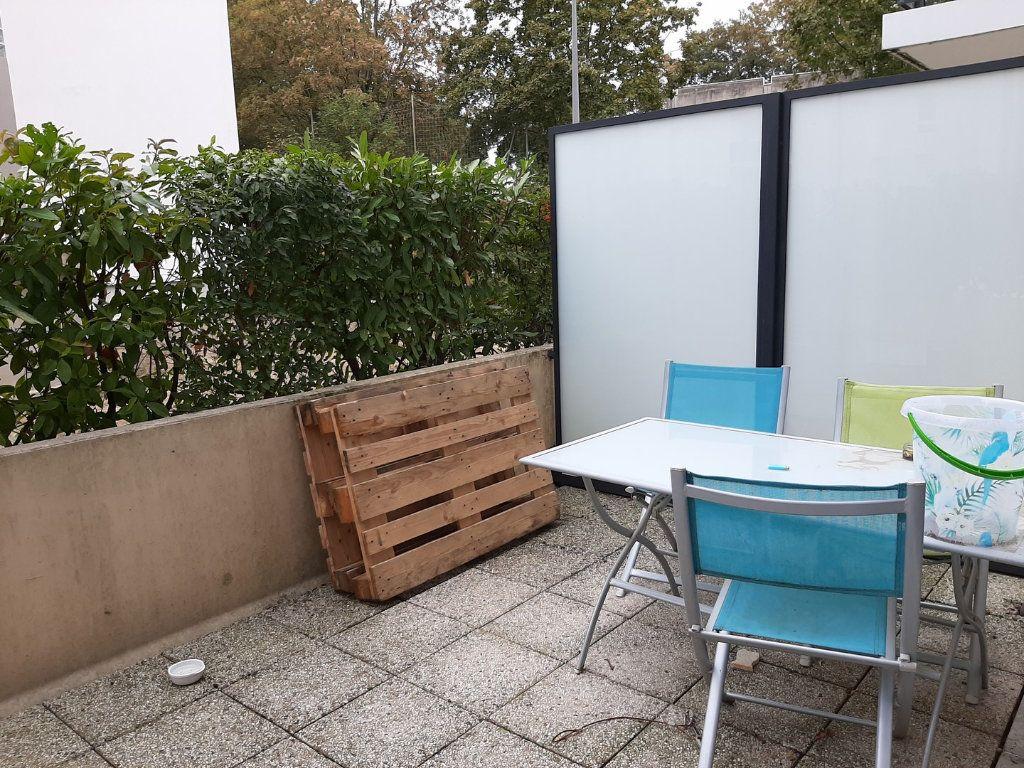 Appartement à vendre 1 42m2 à Reims vignette-9