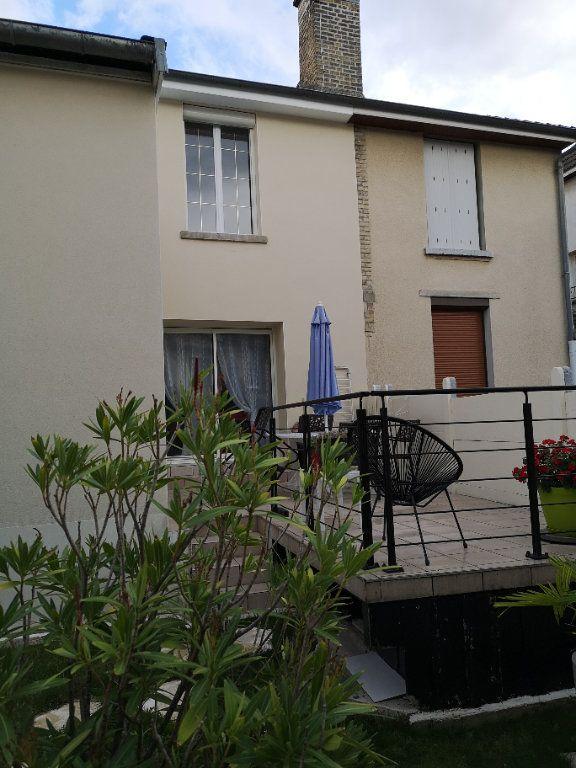Maison à vendre 4 100m2 à Reims vignette-1