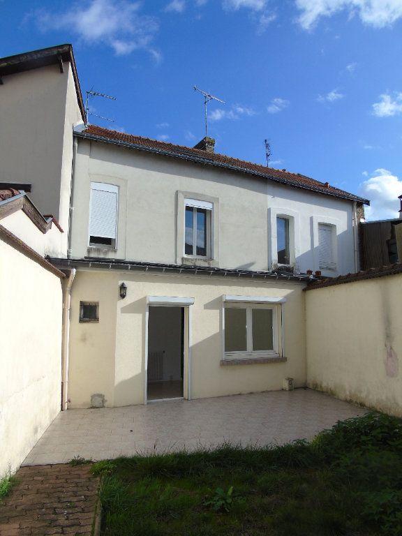 Maison à vendre 5 100m2 à Reims vignette-1