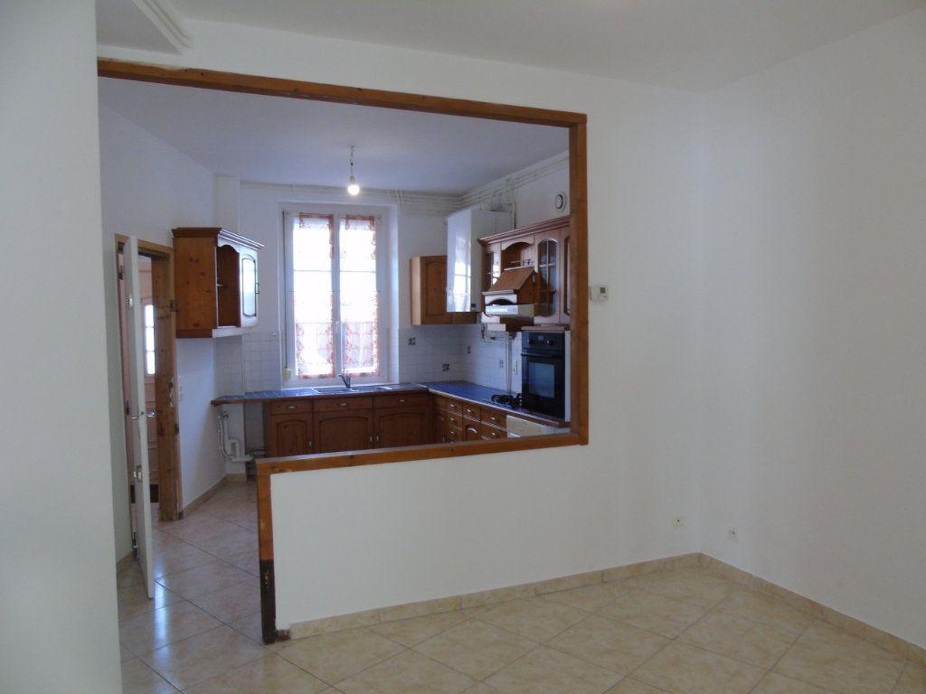 Maison à vendre 5 100m2 à Reims vignette-4