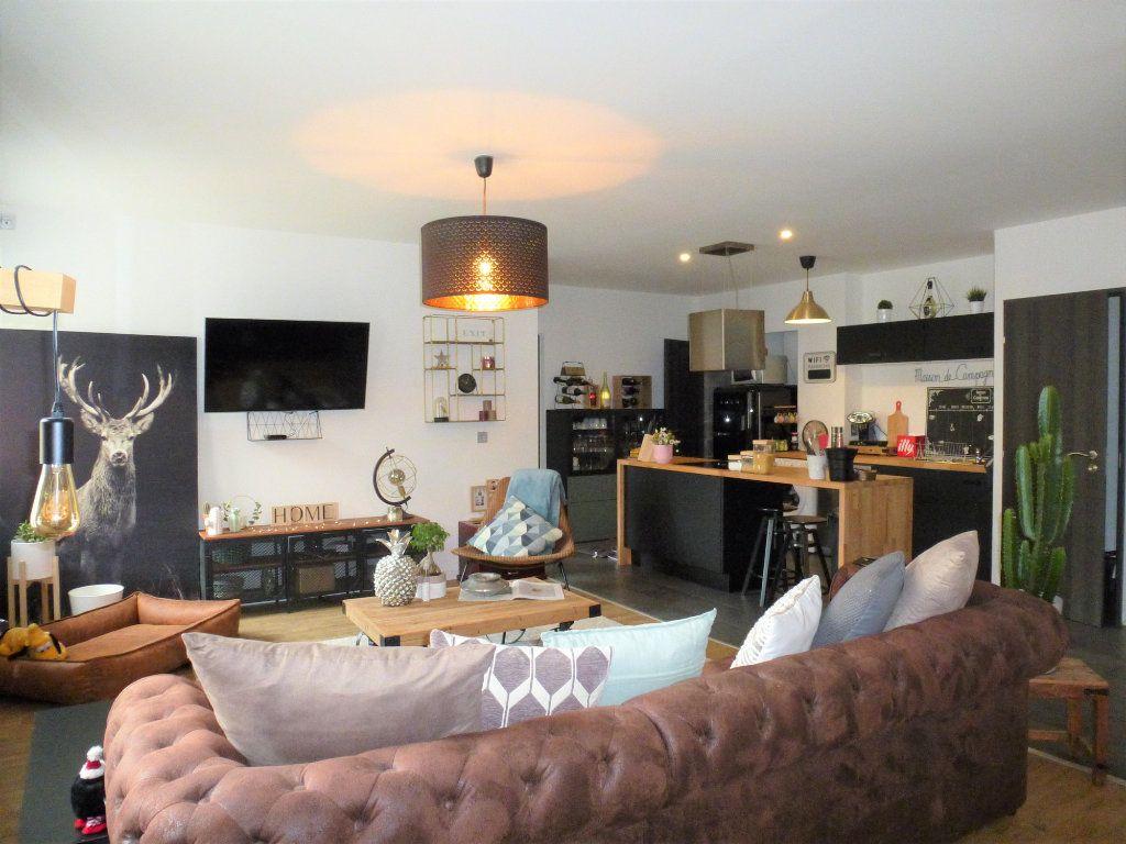 Appartement à vendre 4 92.5m2 à Reims vignette-3