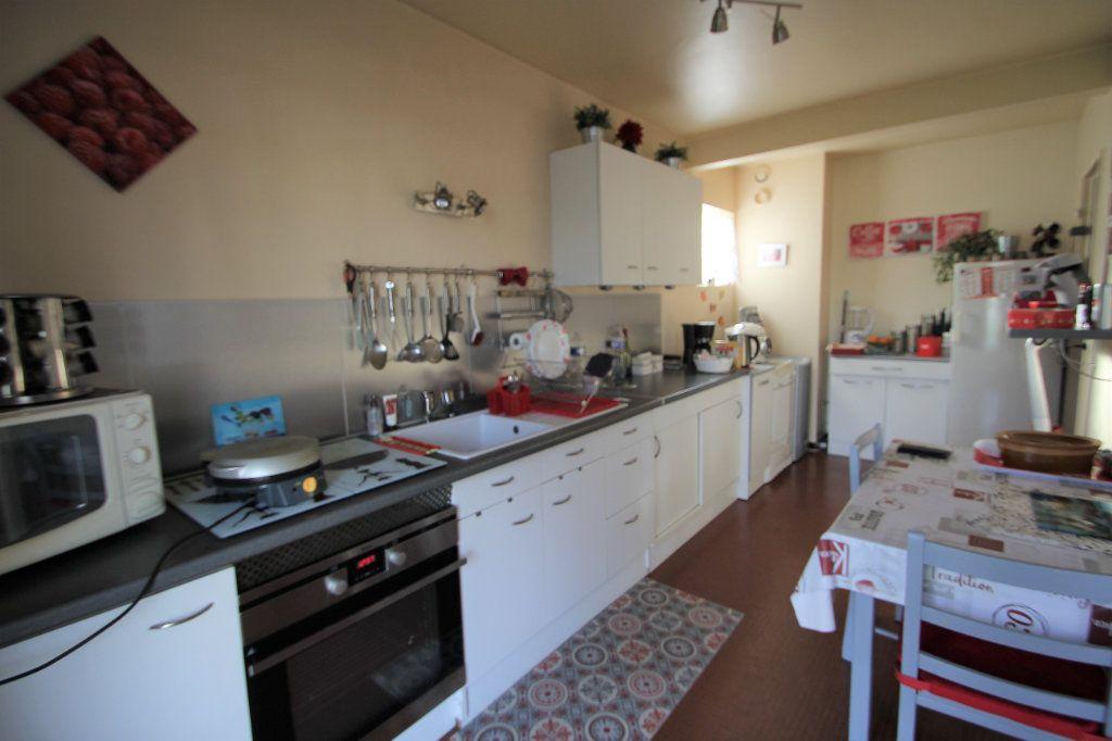 Appartement à vendre 4 90m2 à Reims vignette-6