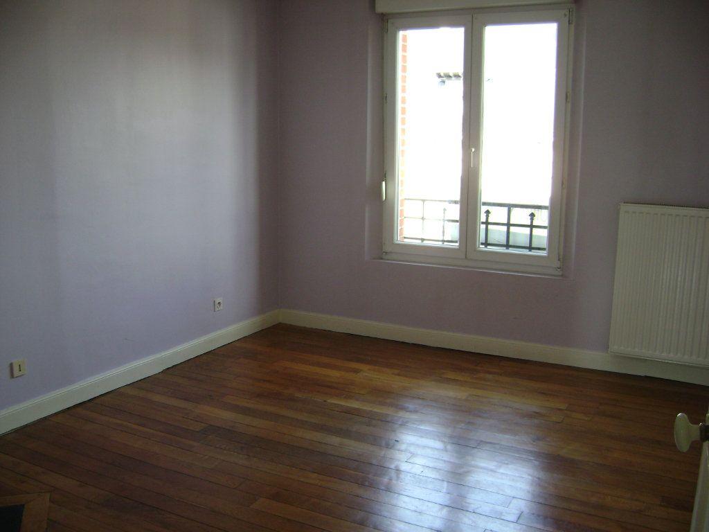 Appartement à vendre 3 54m2 à Reims vignette-3