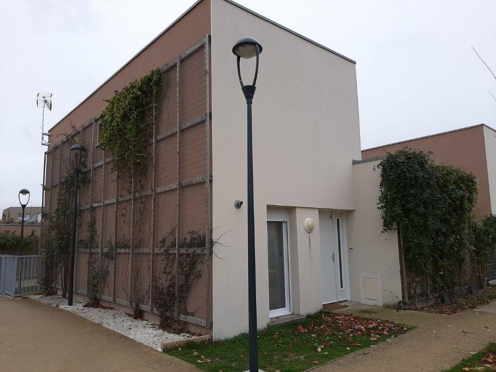 Maison à vendre 5 90.84m2 à Reims vignette-1