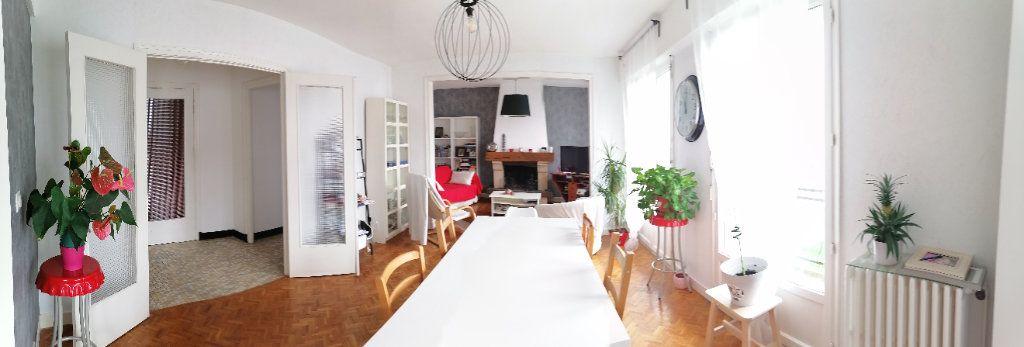 Maison à vendre 8 150m2 à Reims vignette-2