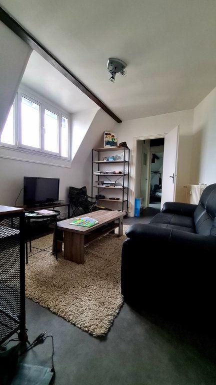 Appartement à vendre 2 37.94m2 à Reims vignette-2