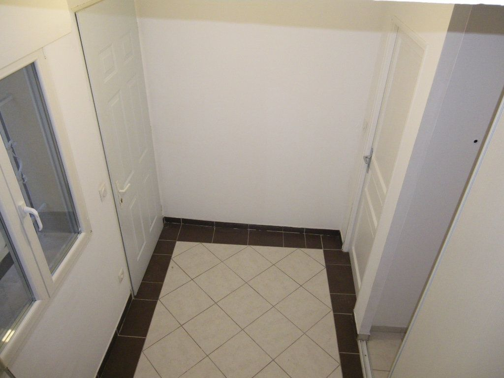 Maison à vendre 5 78.2m2 à Reims vignette-5
