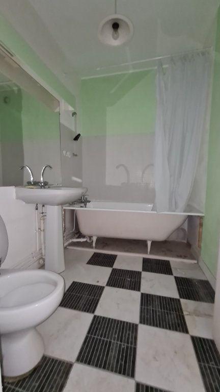 Appartement à vendre 2 46.96m2 à Reims vignette-3