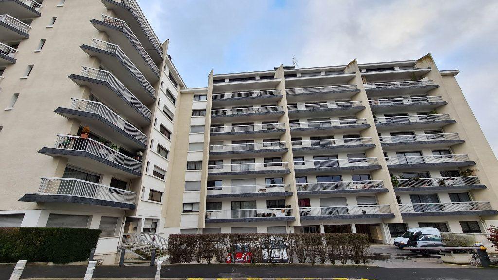 Appartement à vendre 2 46.96m2 à Reims vignette-5