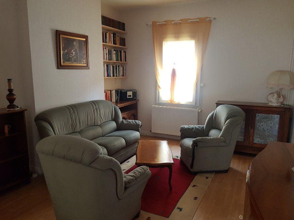 Appartement à vendre 3 50.51m2 à Reims vignette-2