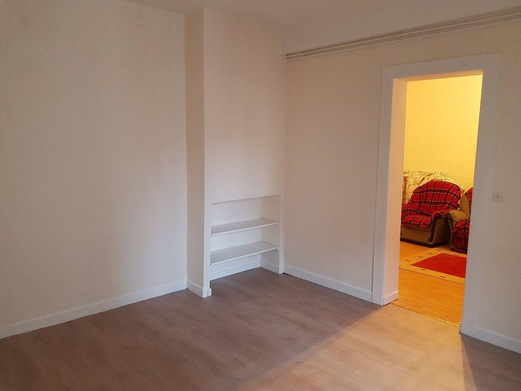 Appartement à vendre 3 50.51m2 à Reims vignette-6