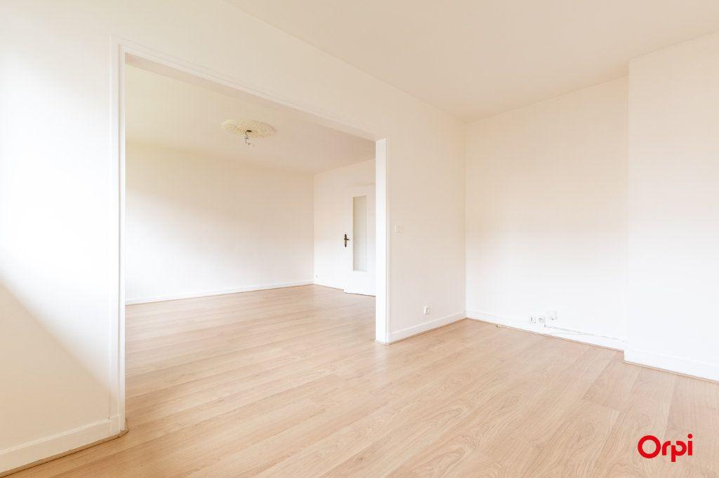 Appartement à vendre 4 73.61m2 à Reims vignette-1