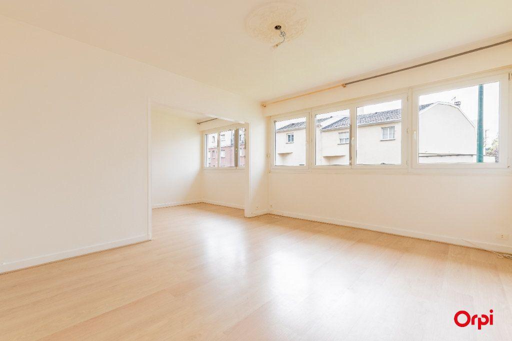 Appartement à vendre 4 73.61m2 à Reims vignette-2