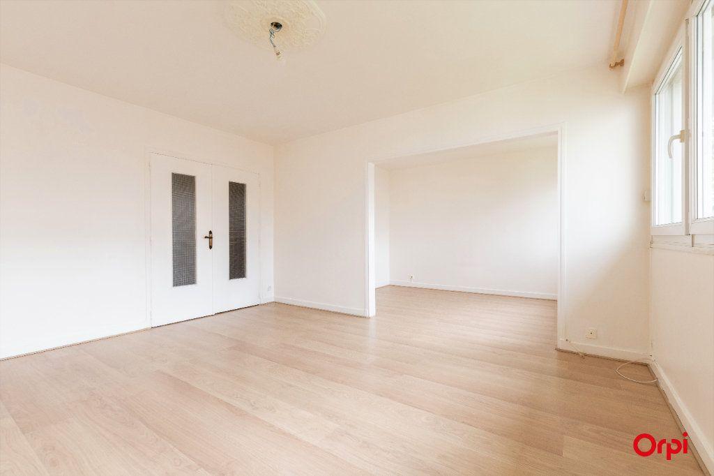 Appartement à vendre 4 73.61m2 à Reims vignette-3