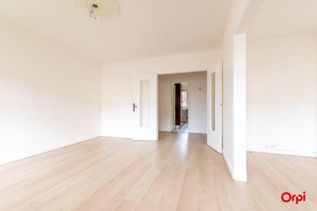 Appartement à vendre 4 73.61m2 à Reims vignette-4