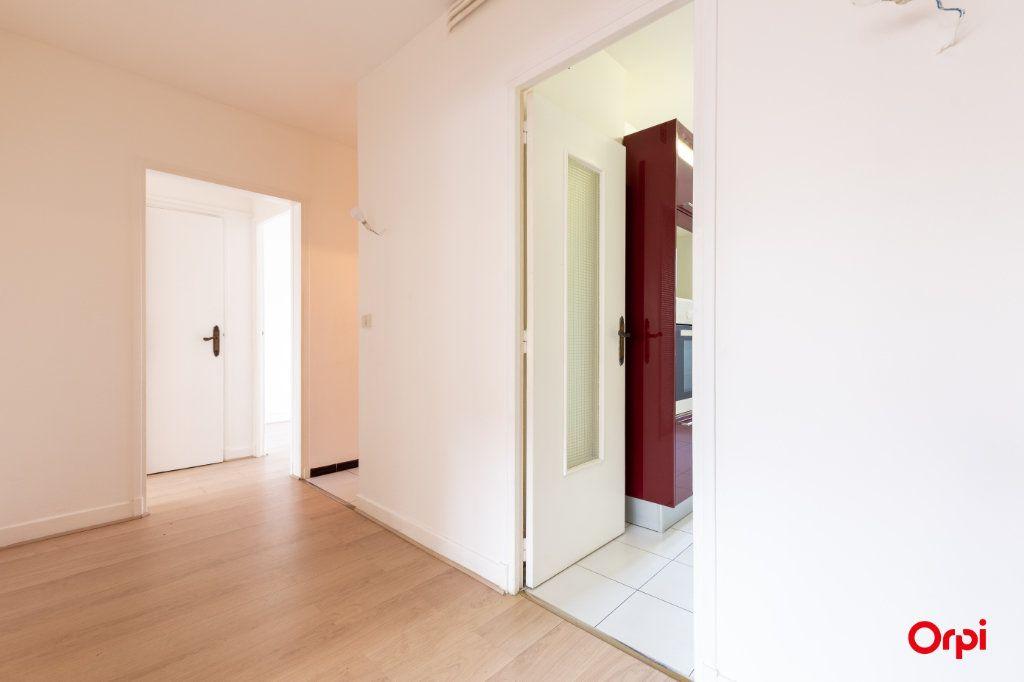Appartement à vendre 4 73.61m2 à Reims vignette-5