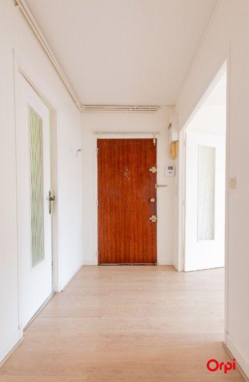 Appartement à vendre 4 73.61m2 à Reims vignette-10