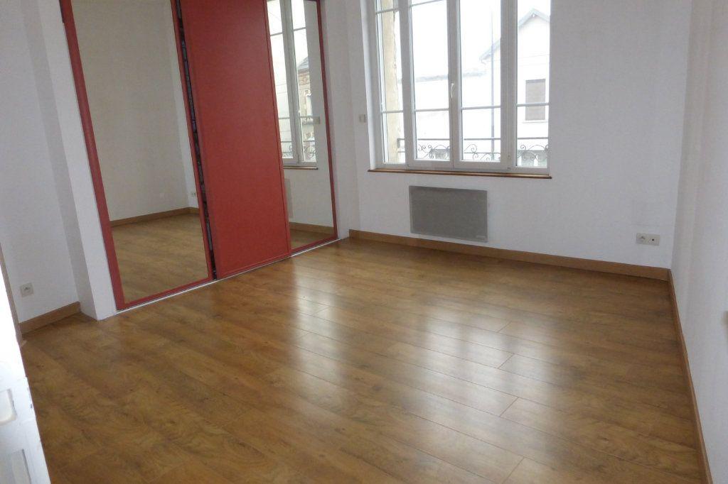 Appartement à louer 2 41.47m2 à Reims vignette-4