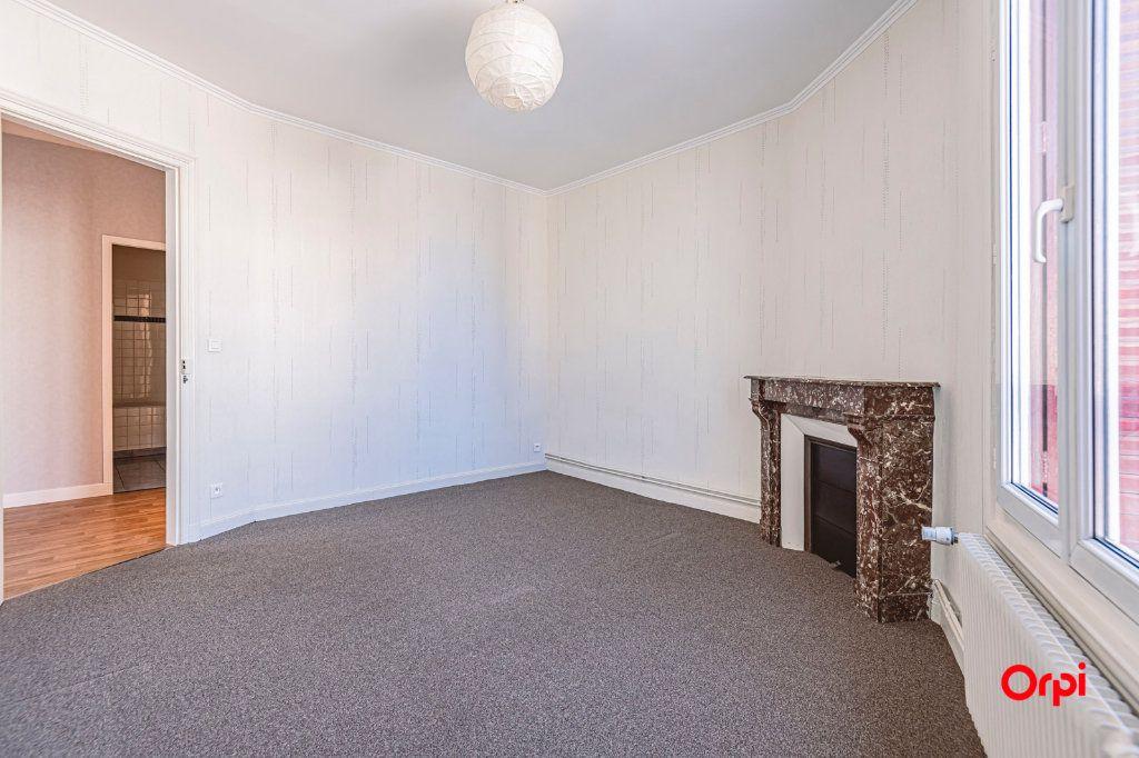 Appartement à vendre 3 65.27m2 à Reims vignette-3