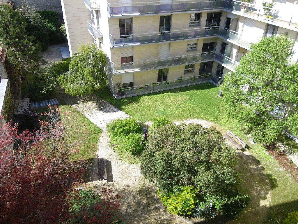 Appartement à vendre 4 82.72m2 à Reims vignette-2
