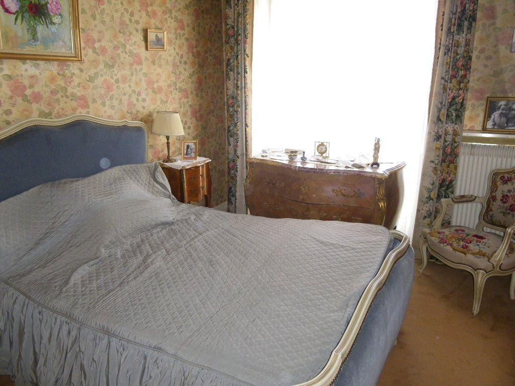 Appartement à vendre 4 82.72m2 à Reims vignette-8