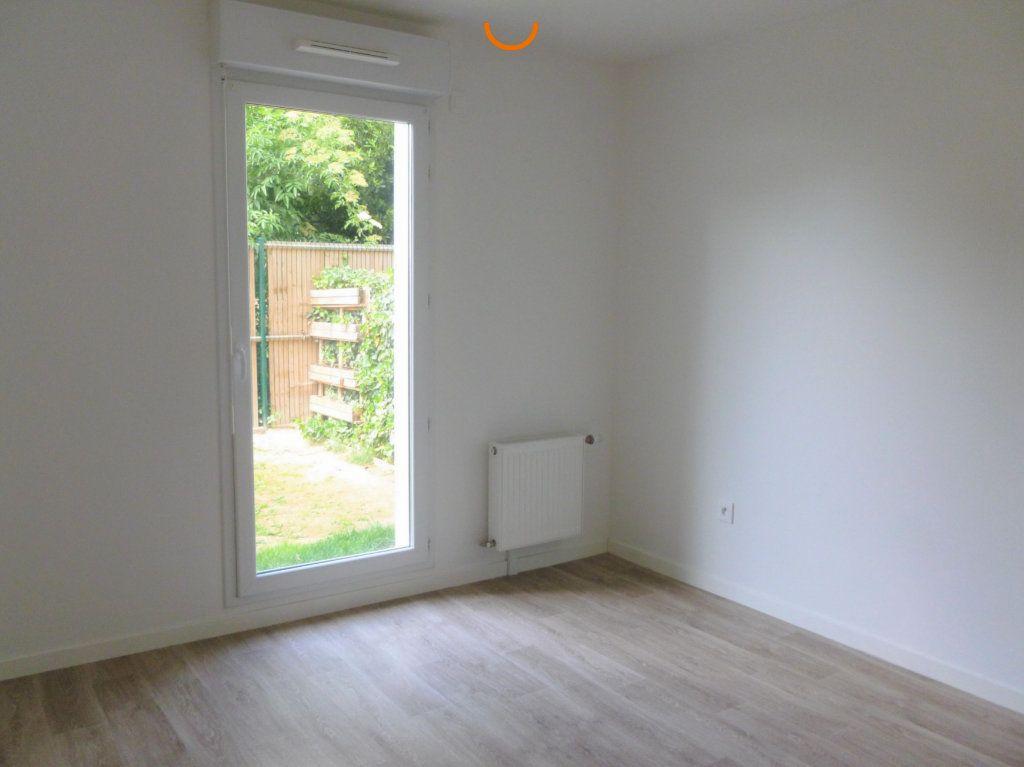 Appartement à louer 3 57.87m2 à Reims vignette-6