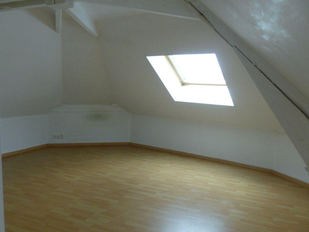 Appartement à louer 3 43m2 à Reims vignette-8