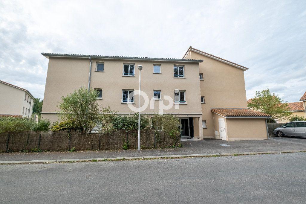 Appartement à louer 2 46.57m2 à Limoges vignette-7