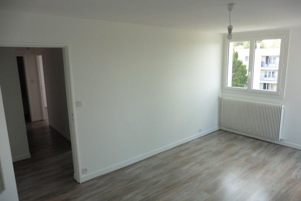Appartement à louer 2 46.01m2 à Limoges vignette-4