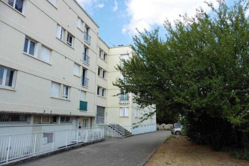 Appartement à louer 2 46.01m2 à Limoges vignette-7