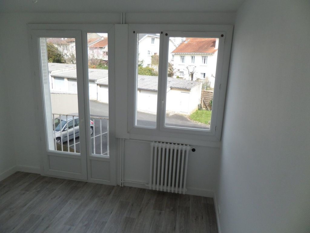 Appartement à vendre 3 58m2 à Limoges vignette-4