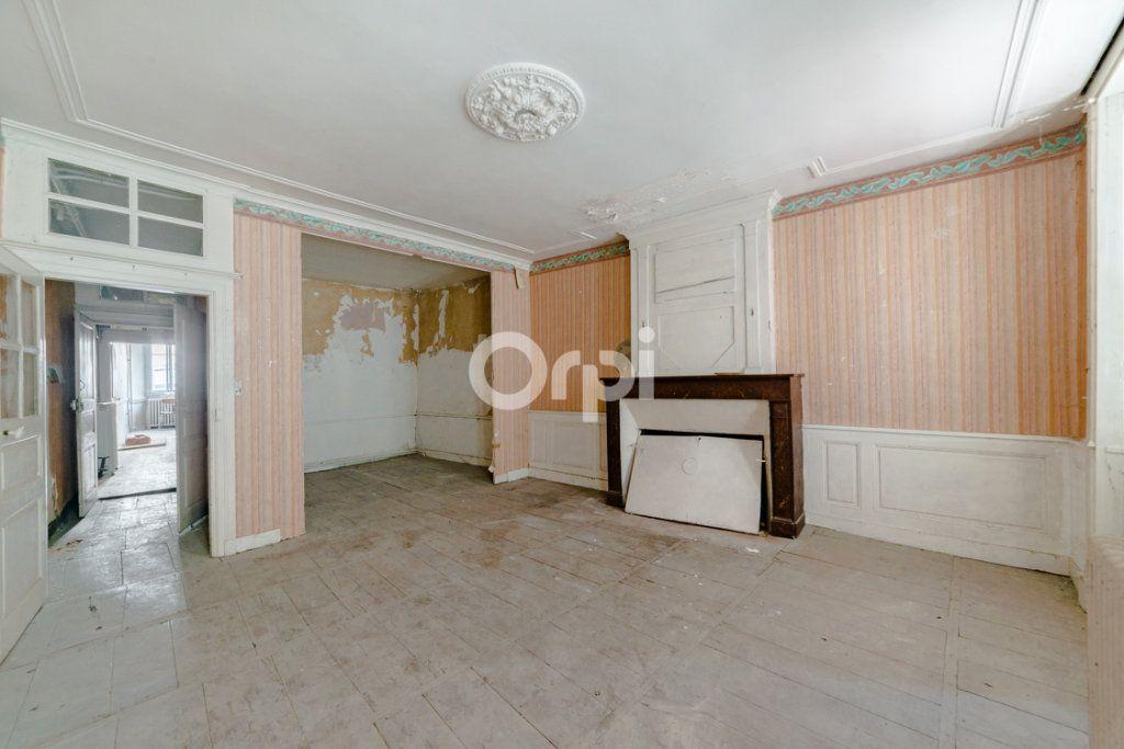 Immeuble à vendre 0 150m2 à Bellac vignette-5