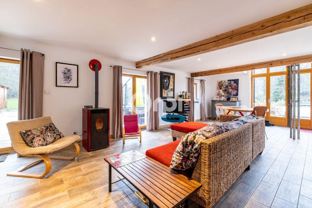 Maison à vendre 7 168m2 à Champagnac-la-Rivière vignette-1